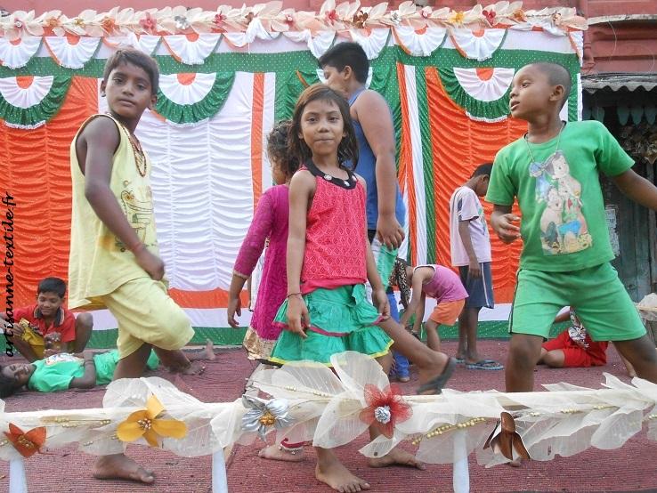 enfants fête diwalli