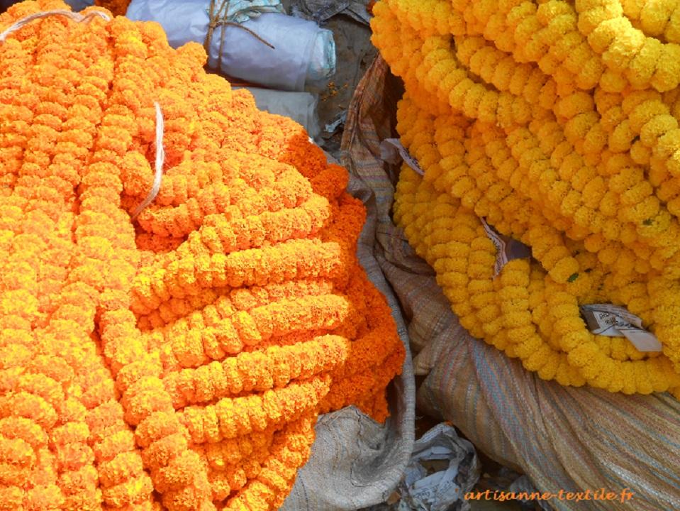 Flowers market in Kolkata1 (1)