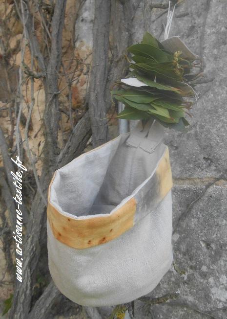 Pot en lin cousu-main pour oignon ou laurier
