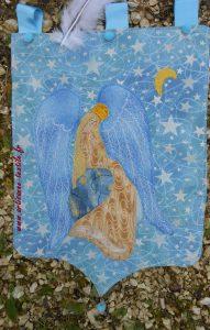 Un ange pour un drapeau de prière