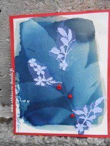Petits-riens: une carte cyanotype rebrodée