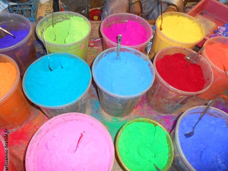 Inde: la foire aux couleurs