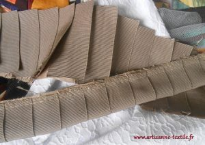 gros-grain plissé plié