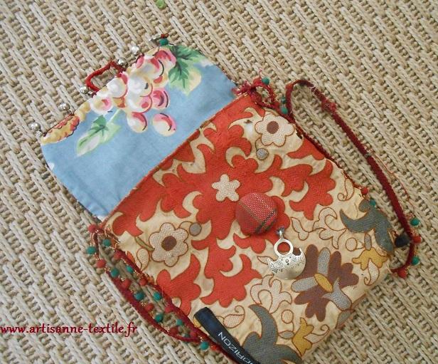pochette doublée d'un tissu chiné