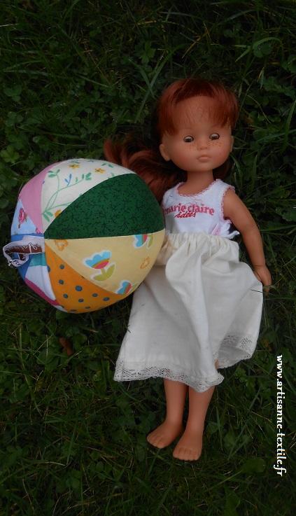 un ballon en tissu pour bébé