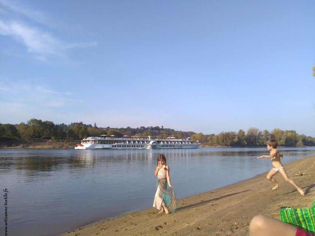 La Loire, le bateau, le temps qui passe...