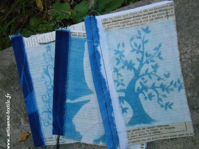 2- Cyanotype détourné, sur tissu , monté en cahier: l'arbre de noël!