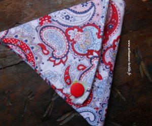 Rose et porte-monnaie plat triangulaire