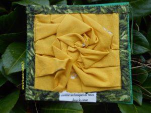 rose plissée origami