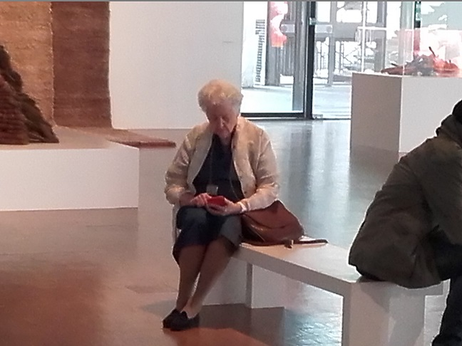 Sheila Hicks à Beaubourg, photo Pierre- Marc Encina