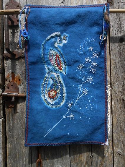 cyanotype brodé le paon 1