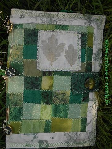 feuilles martelées du livre textile 1