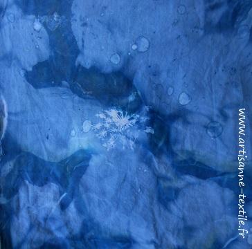 expériences -cyanotype 2: double- froissage