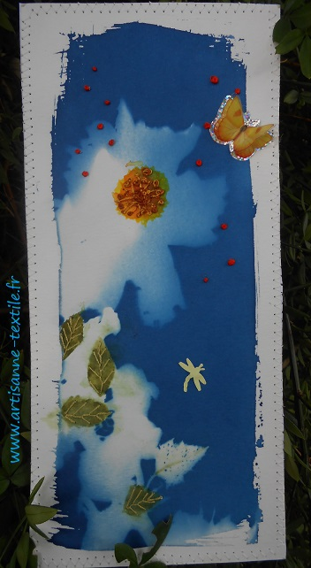Le bleu du cyanotype carte brodée 1