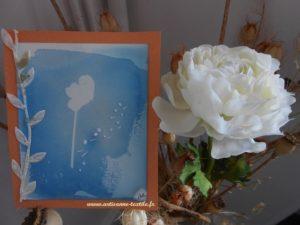 La ° des trois cartes: cyanotype et broderie