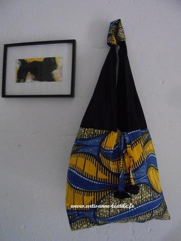 commande textile devant une toile d eMarc- Pierre Encina