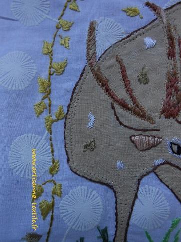 D'après dom robert, broderies de l'artisane textile