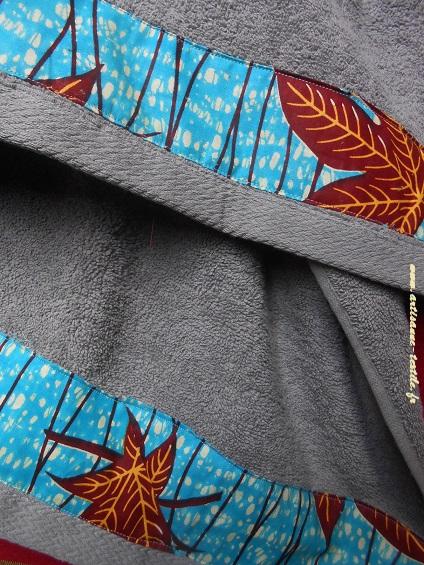 Drap de bain gris éponge+pagne africain (wax)