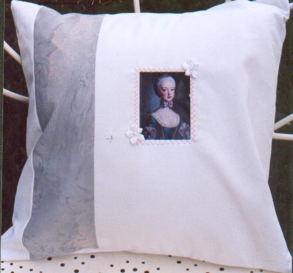 coussin Marie Antoinette1